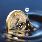 Coin dropped in water NL